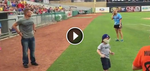 soldier surprises son baseball game