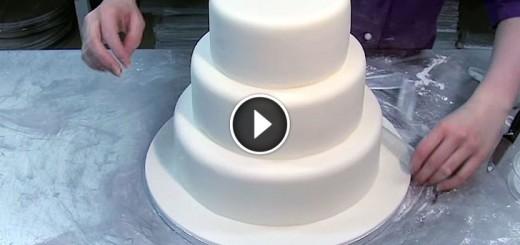 interactive wedding cake