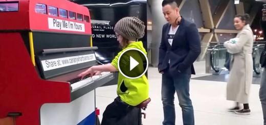 girl metro piano