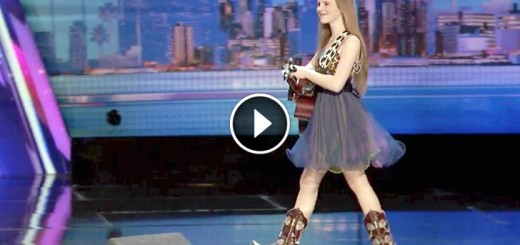 country girl charms crowd