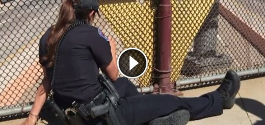 female officers saves man