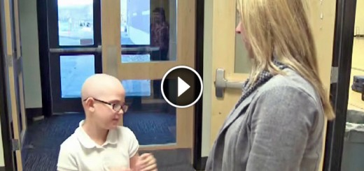 girl shave head friend cancer